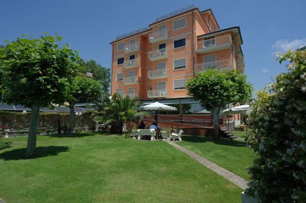 Hotel Bixio Lido di Camaiore - Hotels Lido di Camaiore - Versilia