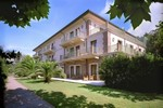 Hotel Villa Ariston :  -